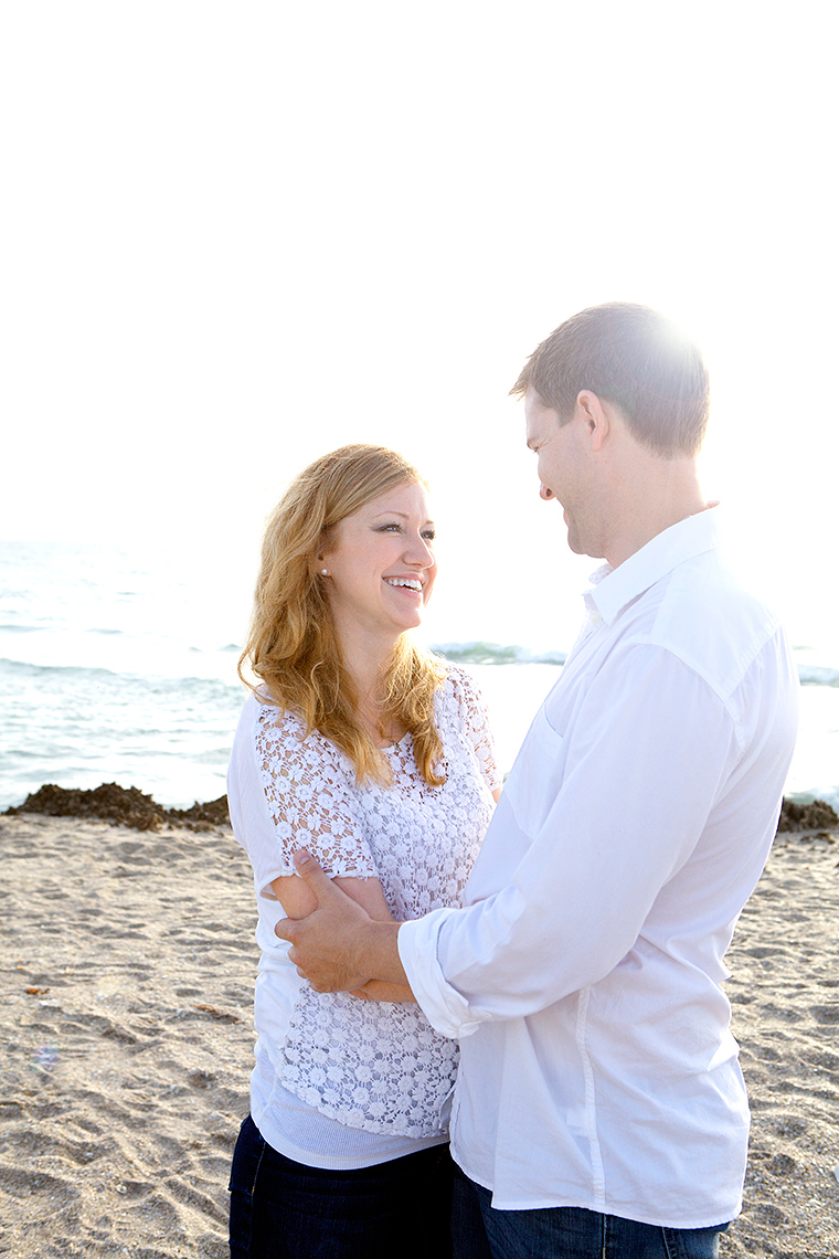 couple_engagement_beach_photography_MG_8502_Robert-Holland_Big_Fish_Studios