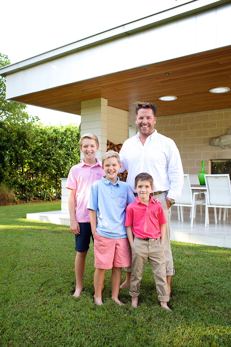 father-and-sons portrait-in-backyard-of-modern-home-family-photography-Stuart,-Florida-Big-Fish-Studios_Robert_Holland