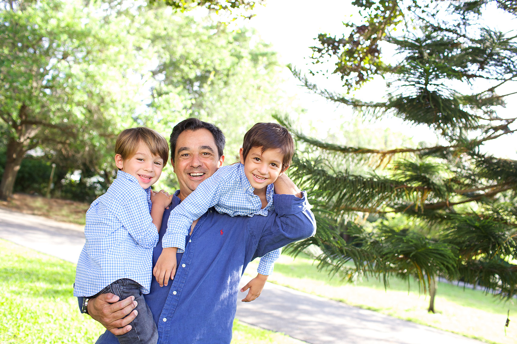 father-and-sons-lifestyle-family-portrait-photography_Big-Fish-Studios_Robert-Holland