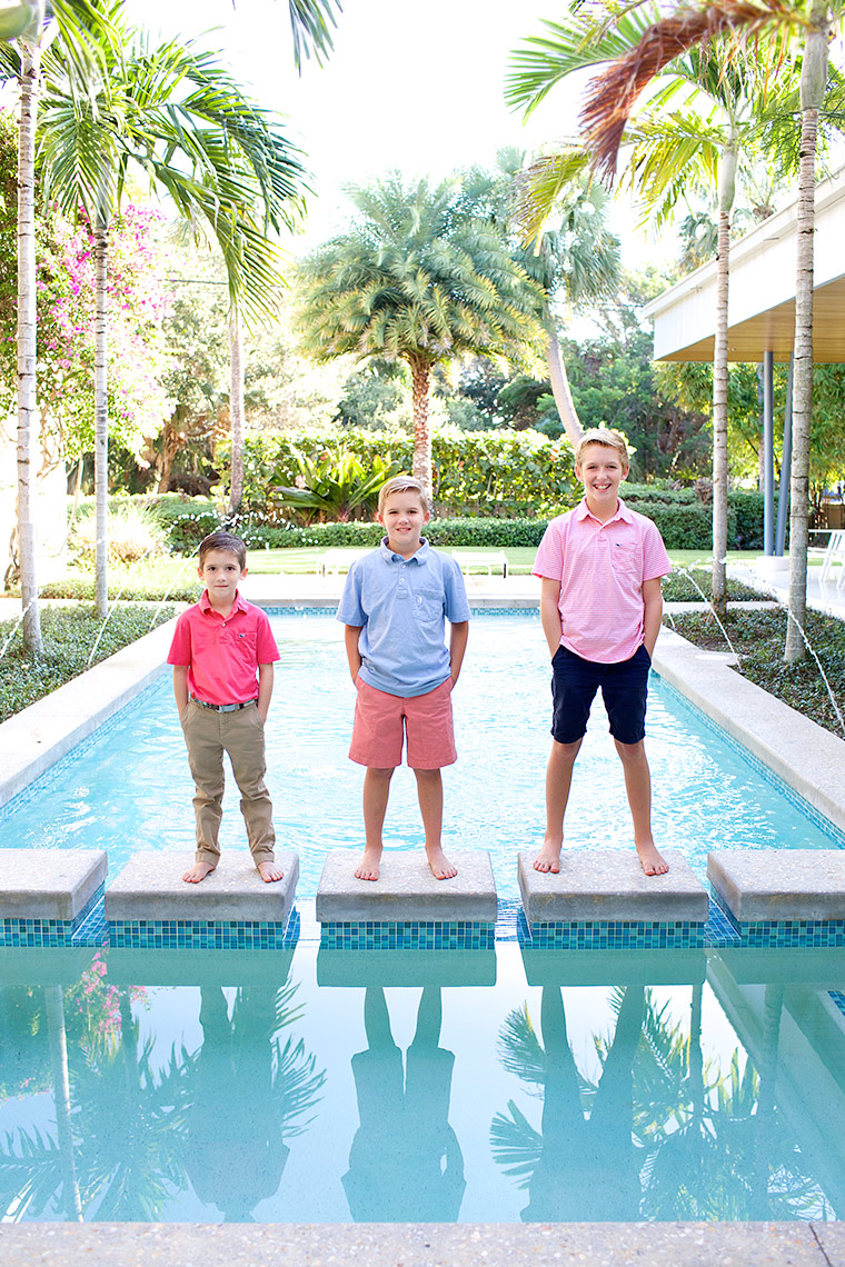 three-brothers portrait with-modern-pool-family-photography-Big-Fish-Studios,-Stuart,-Florida-_Robert-Holland